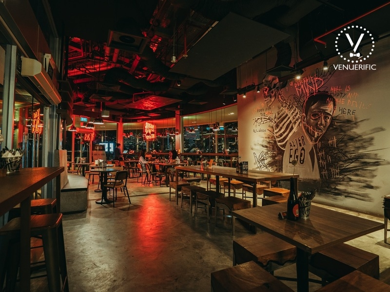 venue for cocktail party and happy hour standing party