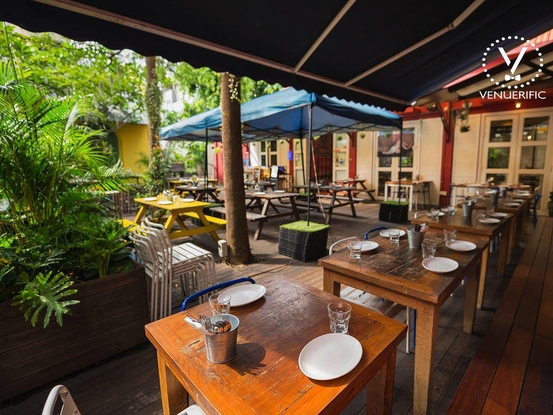 semi outdoor restaurant with alfresco area