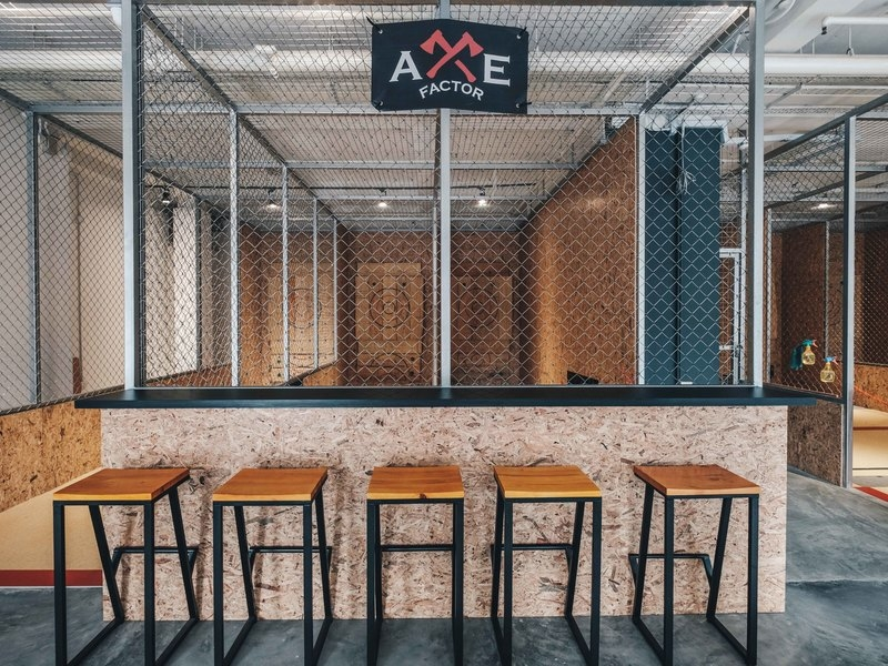 the first axe throwing range in singapore