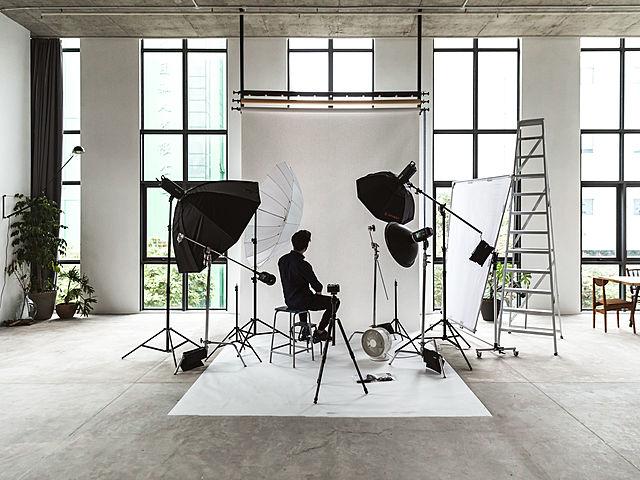 photo studio area dan setup for commercial function