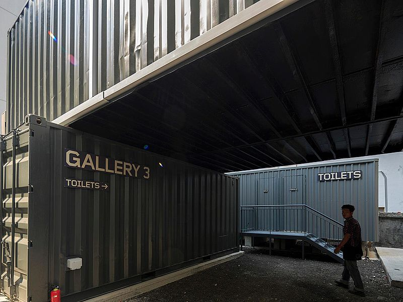 gallery three and toilets of deck