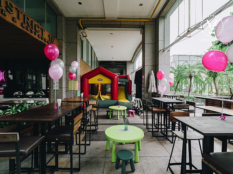 kids birthday party event space with kids entertainment