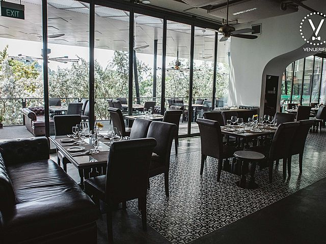 sentosa cove's indian restaurant by earl of hindh