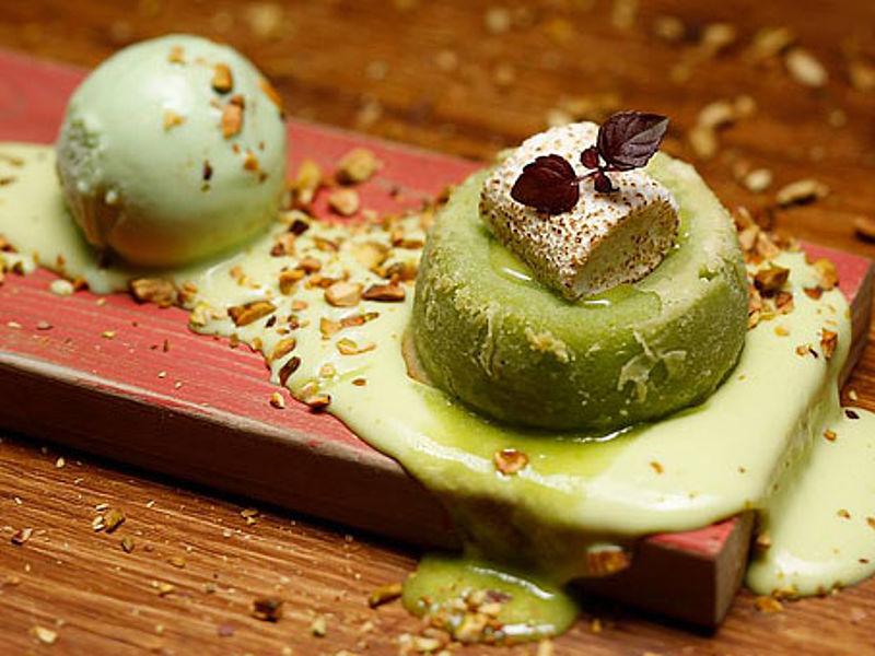 baked pistachio melt dessert