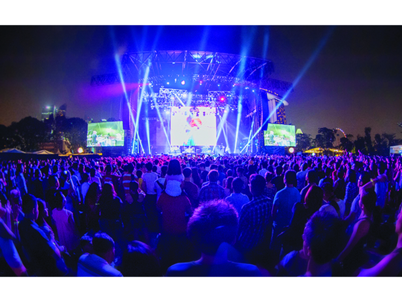 singapore's largest outdoor garden perfect for mega concert event