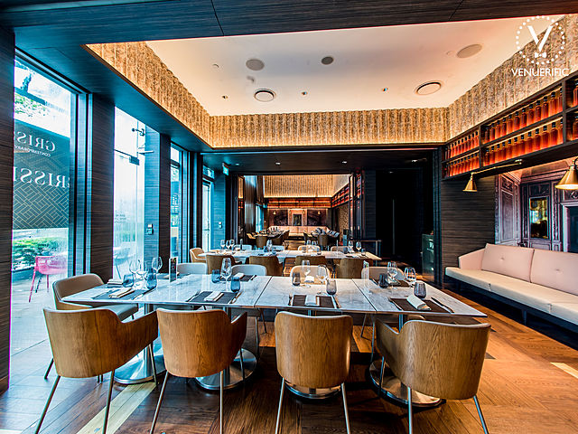 classy restaurant for corporate dining event with natural light and big window