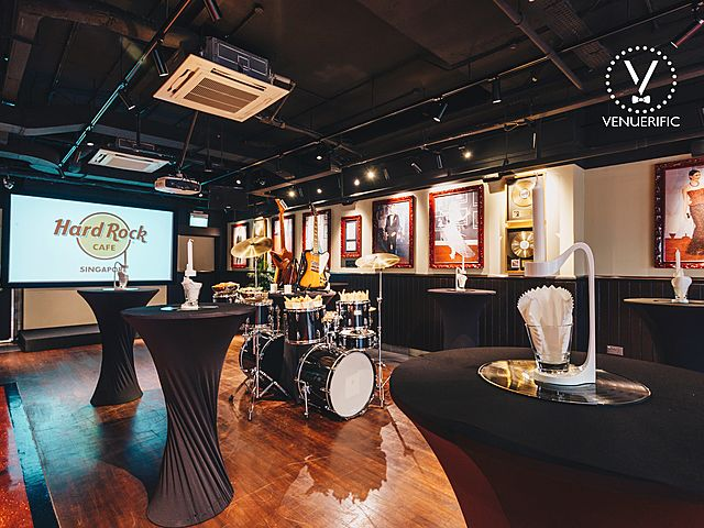 hard rock cafe singapore's event using drum