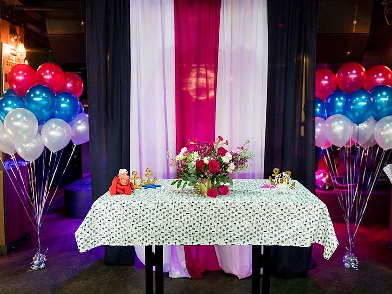 party decoration with ballons and red blue theme