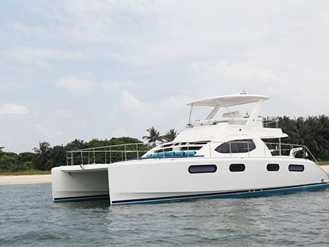 Mikanna luxury yacht singapore