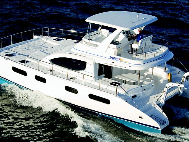 singapore luxury yatch with 25 capacity