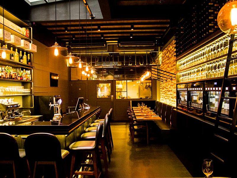 Napoleon Food & Wine Bar | Venuerific Singapore
