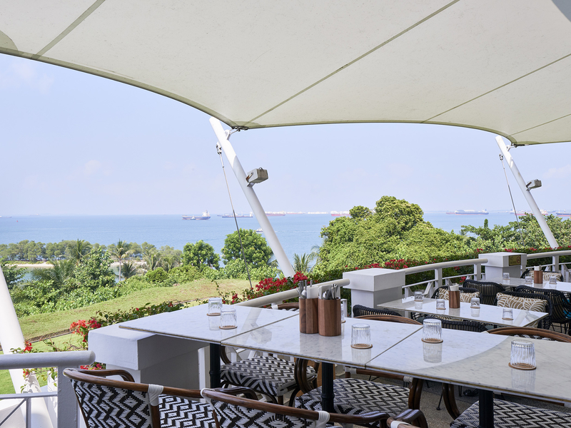 semi outdoor restaurant with sea view