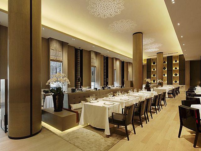 modern with elegant touch restaurant