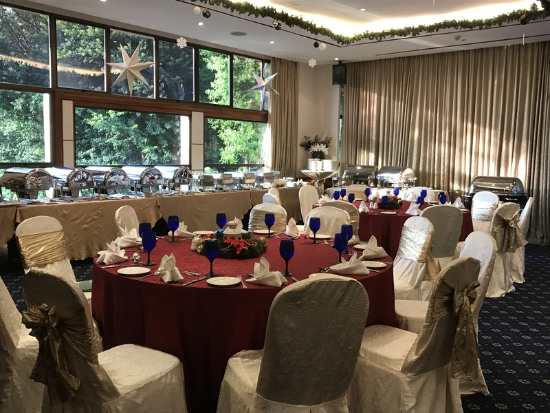 singapore large function room with banquette seating
