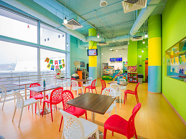 colourful waiting room in singapore kids playground