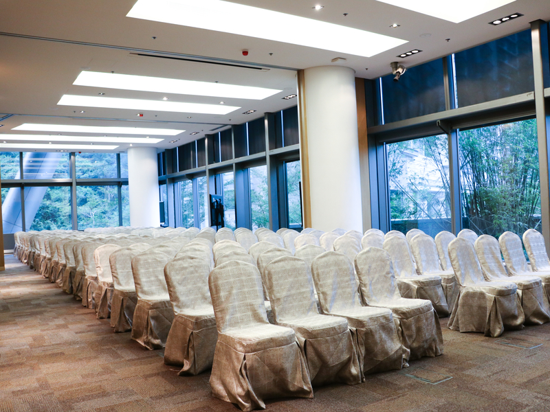 corporate seminar event with theatre seating setup