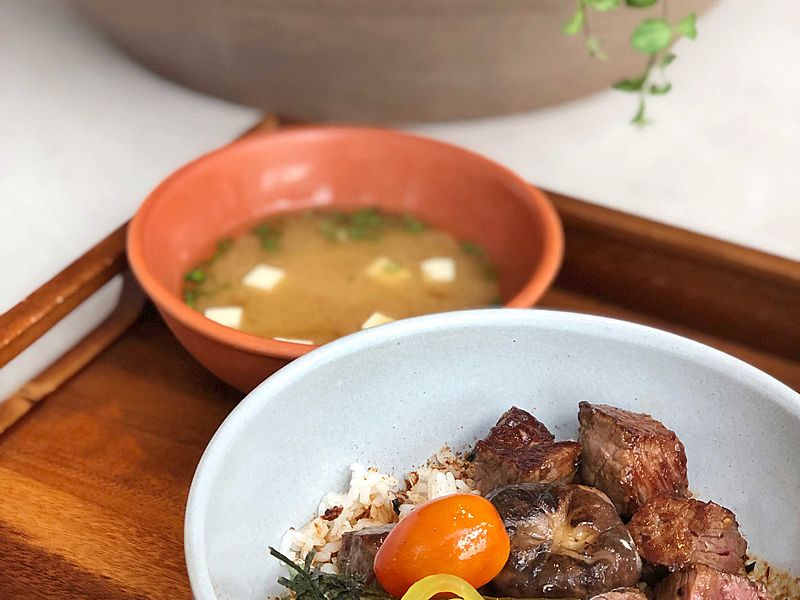 japanese donburi dishes served with miso soup