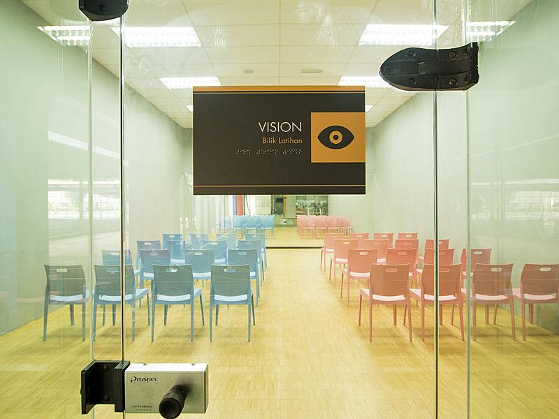 spacerubix private meeting room rent selangor