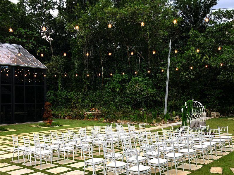 twh glasshall cheras selangor outdoor hotel wedding event