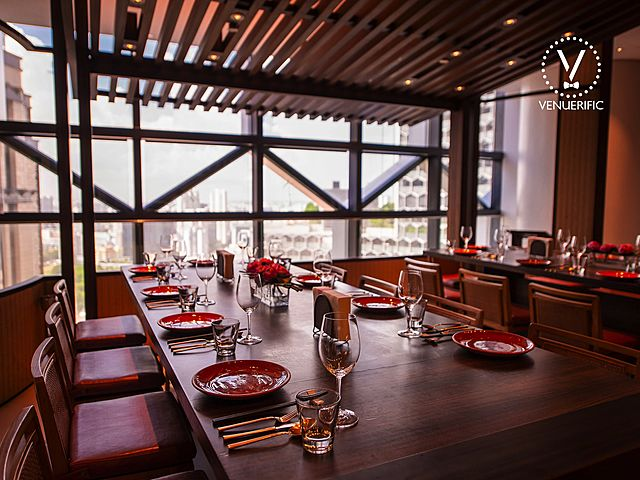 japanese restaurant with city view in singapore hotel