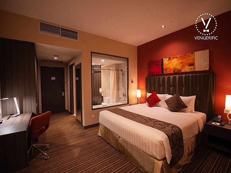 minimalist hotel room