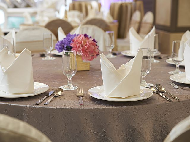 closer look of table decoration