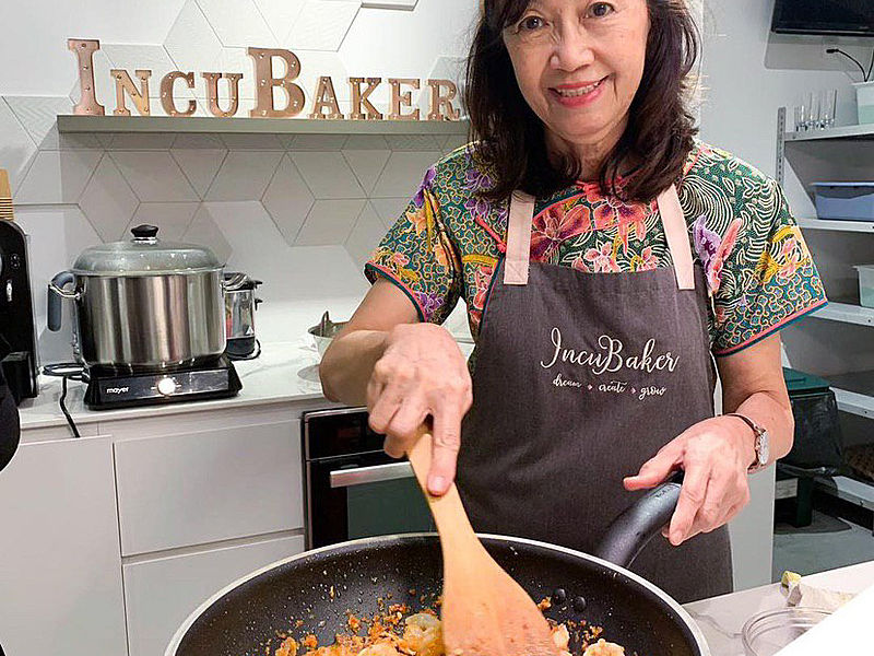 women take cooking workshop with incubaker cafe