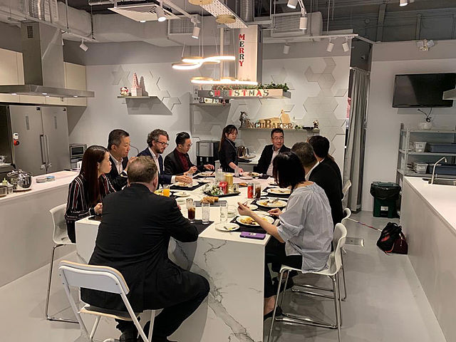 corporate dining event in cooking studio