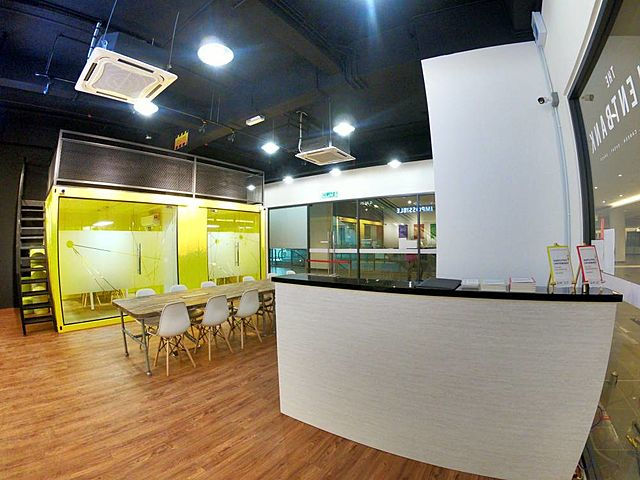 venue in selangor with large lounge area and some meeting rooms