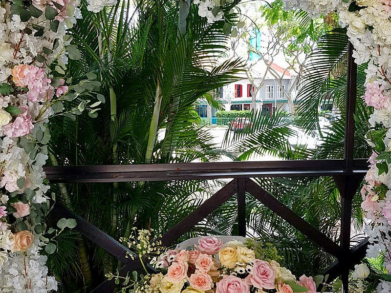 outdoor wedding decoration with flowers