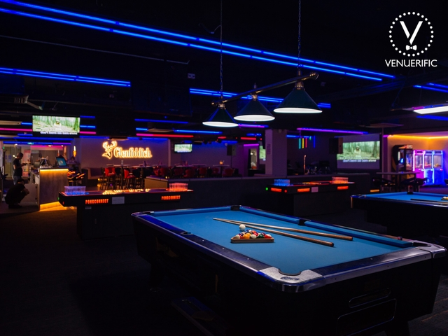 billard table at singapore bar