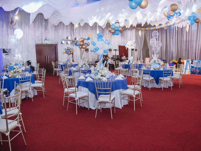 birthday party event with white and blue decoration