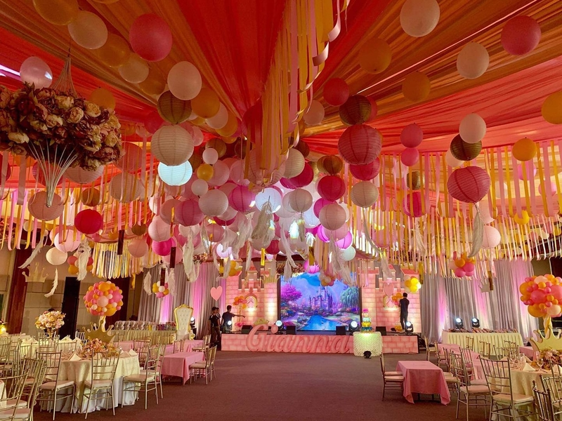 birthday party at the ballroom area with pink decoration