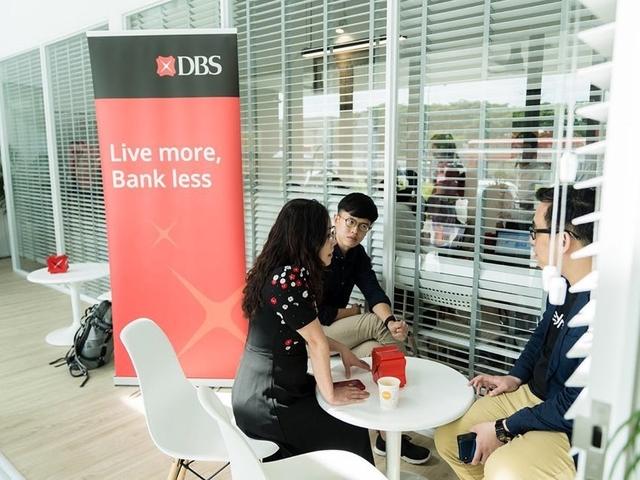 people attending meeting in singapore coworking space