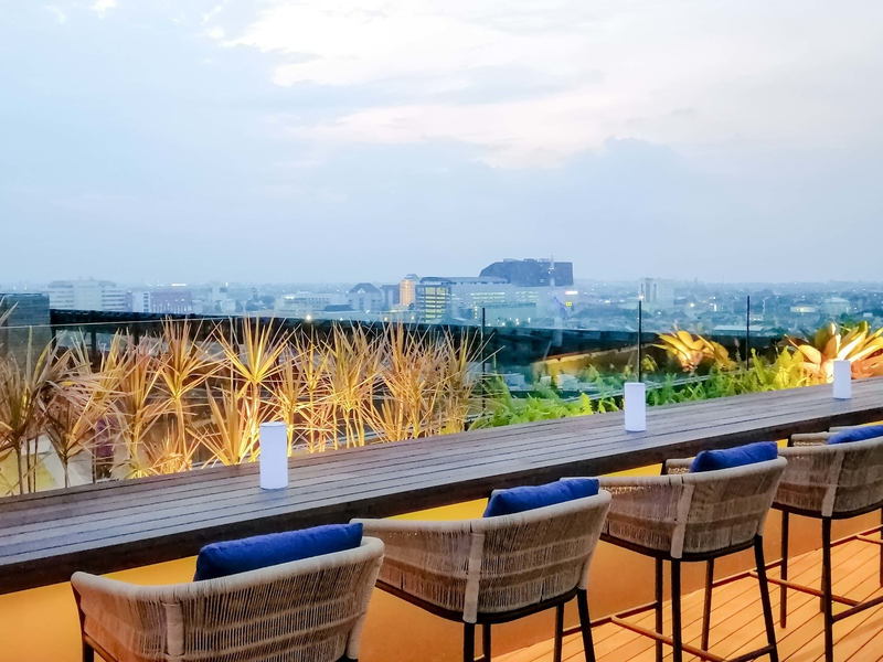 11 12 rooftop bar artotel gajahmada semarang best place for new year