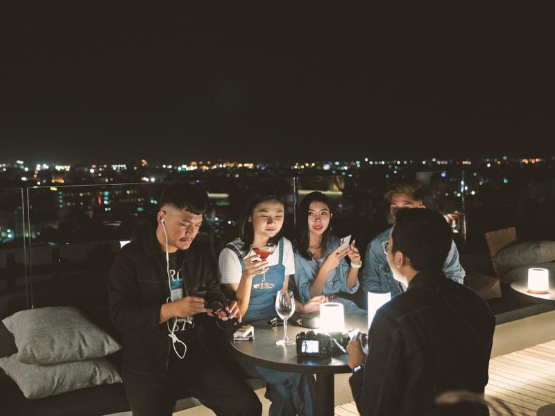 11 12 rooftop bar artotel gajahmada semarang rooftop wedding venue