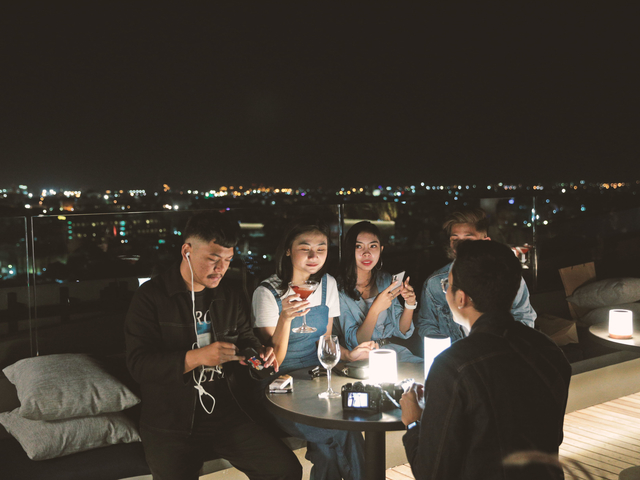 11 12 rooftop bar artotel gajahmada semarang rooftop wedding venue