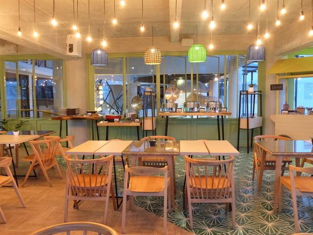 sangkar restaurant alpines batu tempat seminar murah