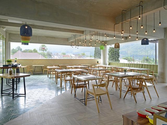 sangkar restaurant alpines batu rent team bonding venue