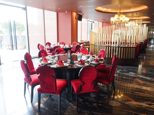 royal eight chinese semi fine dining restaurant tangerang