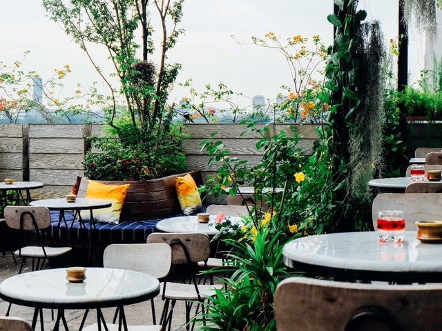 hause rooftop kitchen bar best place for friday night jakarta