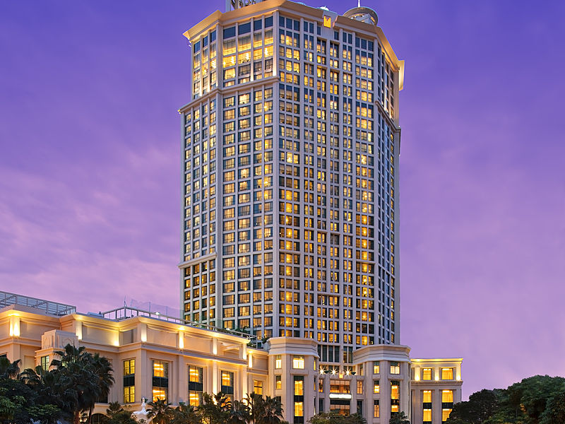 high-rise building of grand copthorne waterfront hotel