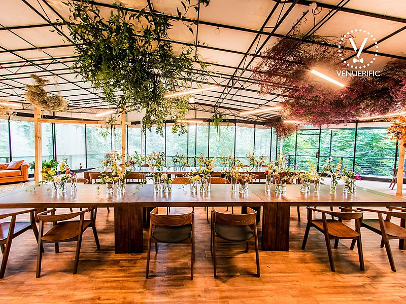 rustic wedding decorations in glass house singapore