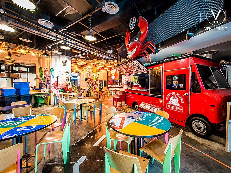 restaurant with crab food truck inside
