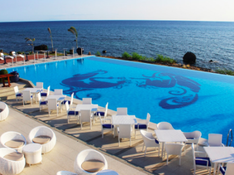 large swimming pool with sea view in Philippines event venue