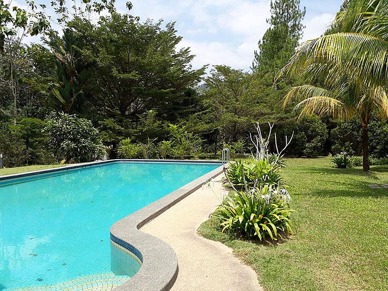 outdoor poolside event space in selangor with garden
