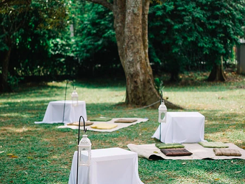 outdoor bohemian wedding decoration