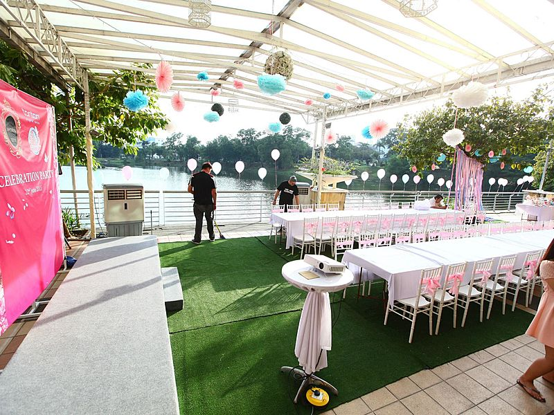 outdoor birthday party decotation