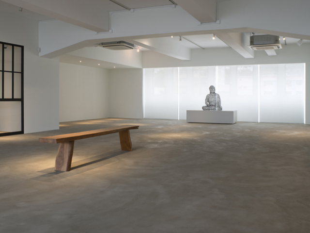 simplistic gallery event space for rent