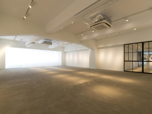 large art exhibition venue in space 27